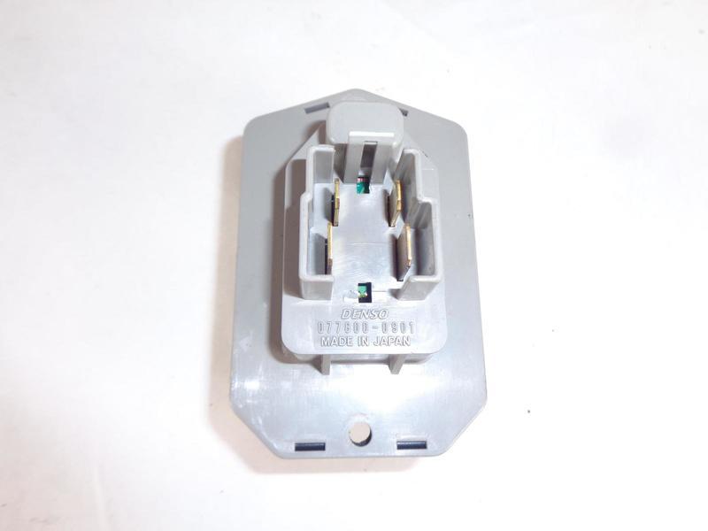Range Rover Sport L320 Heater Resistor Denso 0778000901, LR031677