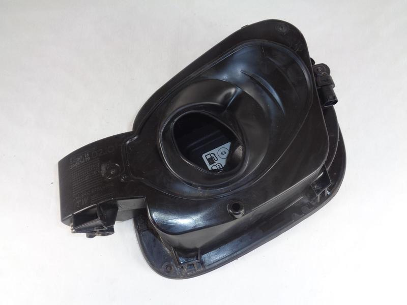 Astra K 2016-On Fuel Filler Flap Housing & Fuel Cap Mineral Black GB9 39061479