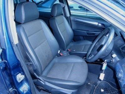 Vauxhall Astra H  2004-2009 Half Leather Interior 5 Door Estate