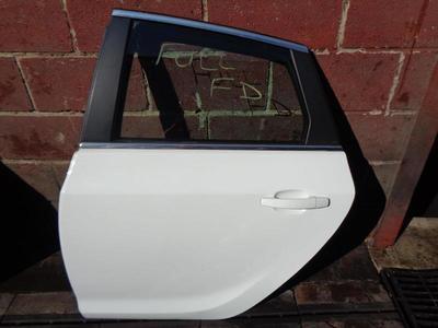 Astra J 5dr Hatch Rear Passenger Door Summit White GAZ/40R 13285610