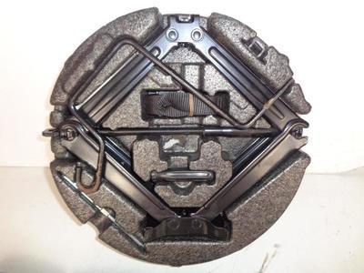 Astra J Hatchback Spare Wheel Jack Tool kit